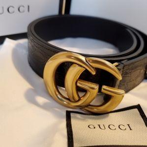 Gucci snake skin belt
